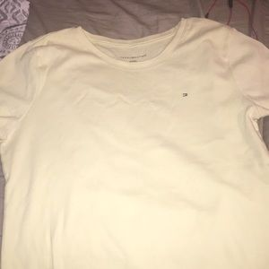 Yellow Tommy Hilfiger t-shirt